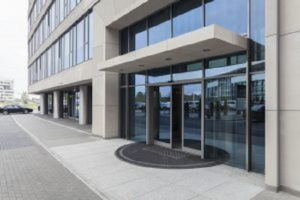 5 Benefits of Tinting the Windows of Your Commercial Space